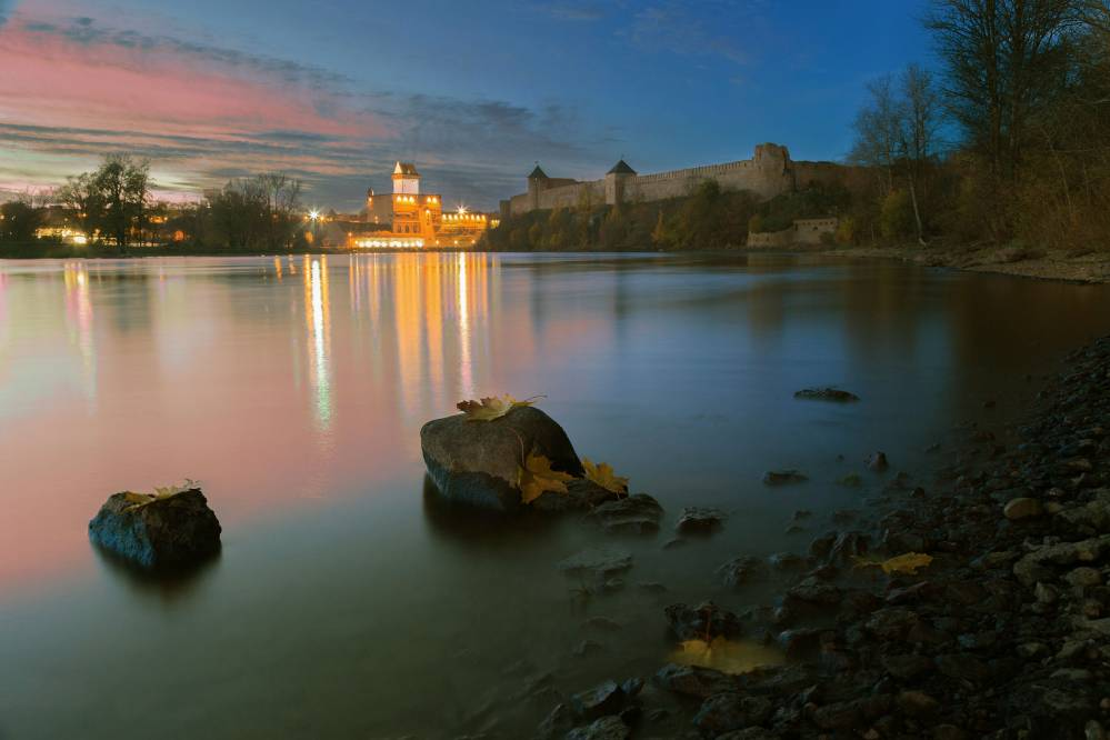 Ивангородская крепость и Нарвский замок