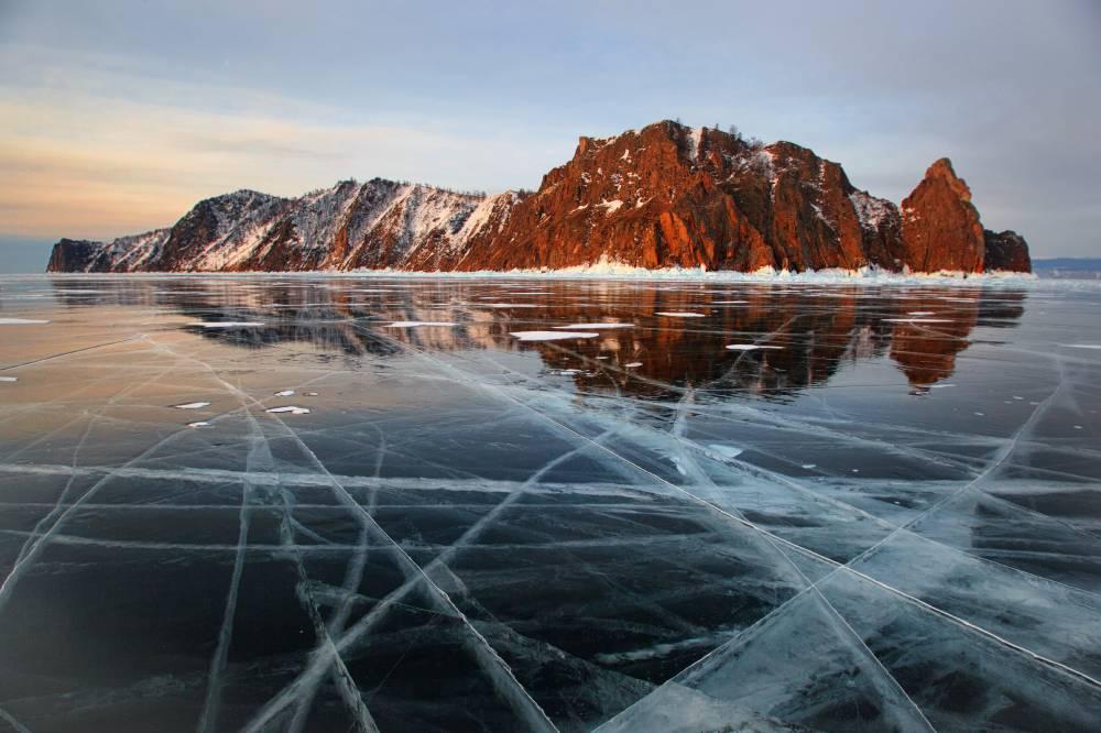 Мыс Хобой на острове Ольхон озера Байкал