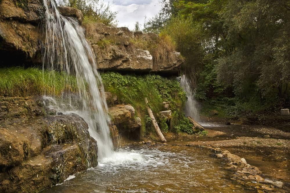 Лермонтовский водопад