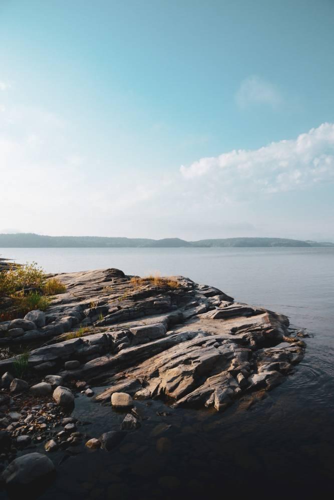 Берега Ладожского озера в районе Сортавала