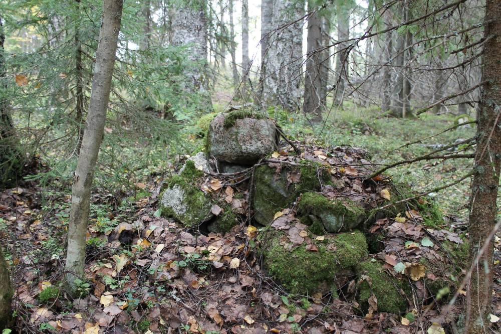 Каменные груды  озера Топозеро, Республика Карелия.
