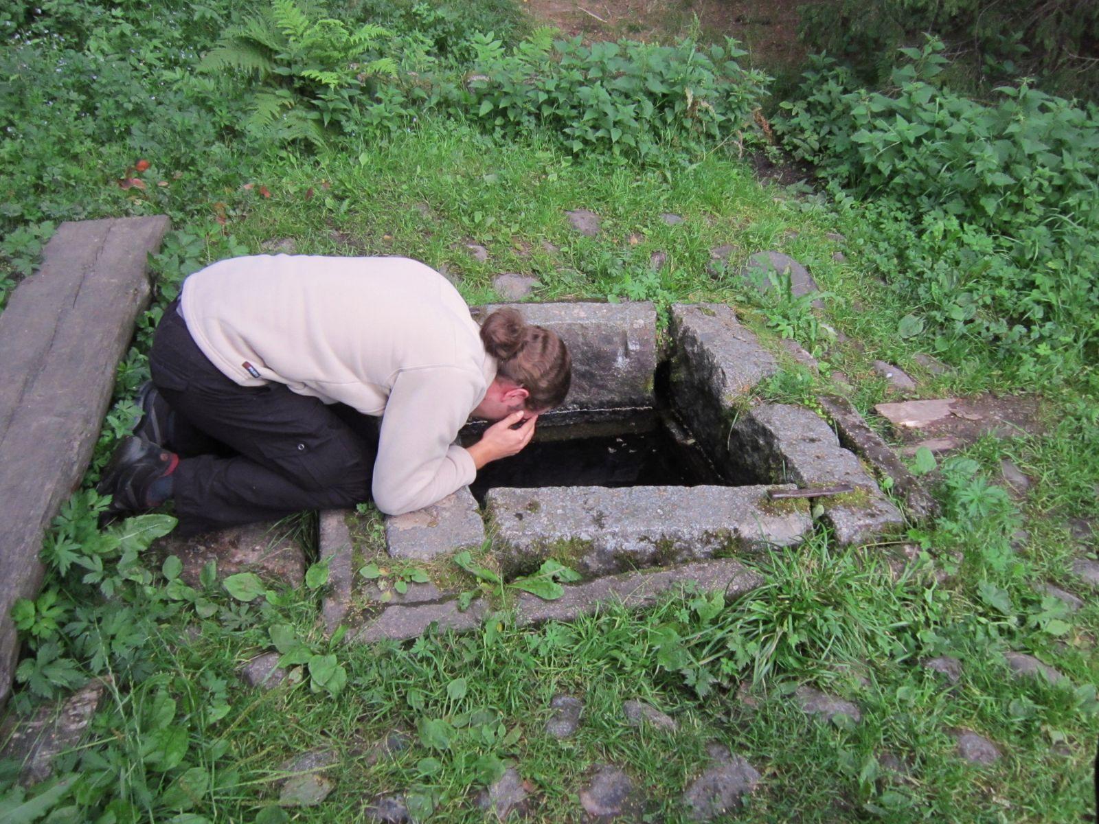 Laurin/Taaran lähde / Lauri's/Taara's spring